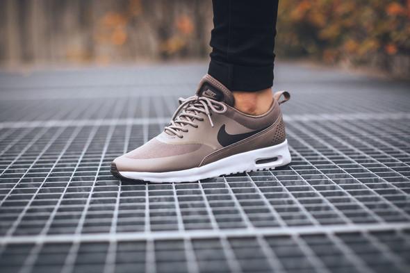 So ähnlich .. - (Schuhe, Nike, Air Max Thea)