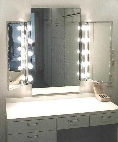 Wo finde ich einen Schminktisch mit schönen Spiegel und Beleuchtung? | {Spiegel mit beleuchtung für schminktisch 4}