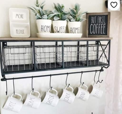 Wo finde ich so ein Wandregal für die Küche?