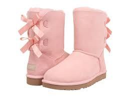 Wo finde ich UGG- Boots in allen Farben? Beispielsweise rosa (english primrose)? ?