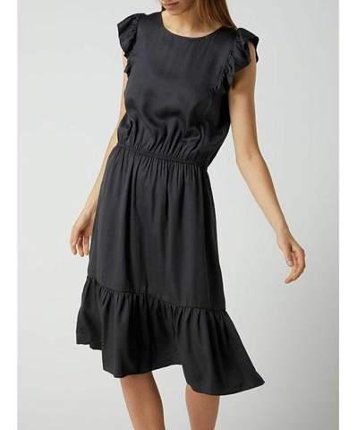 Wo findet man dieses Kleid?