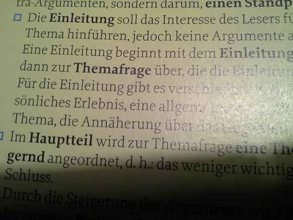 Wo Gehört Die Themafrage Bei Einer Erörterung Hin Schule Deutsch
