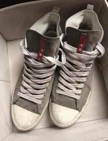 Wo gibt es diese Sneaker?