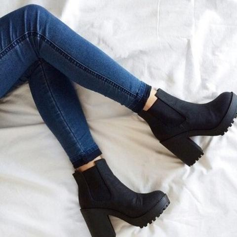 Wo gibt es diese Tumblr Schuhe/Boots?