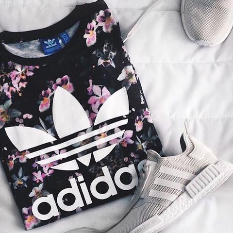 adidas shirt blumen