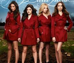 Roter mantel pretty little liars