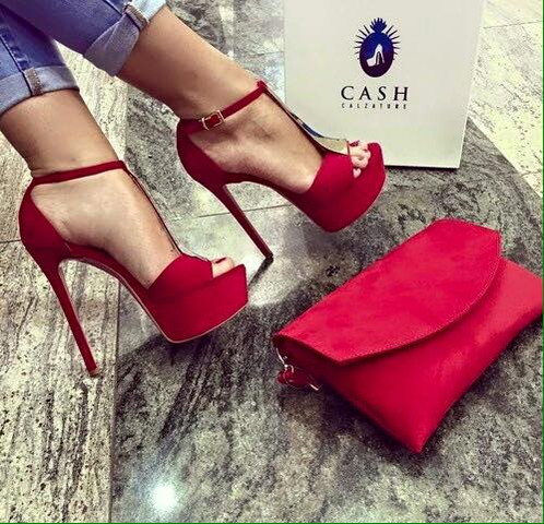 Wo gibt es diese High Heels? - (Schuhe, Shopping, High-Heels)