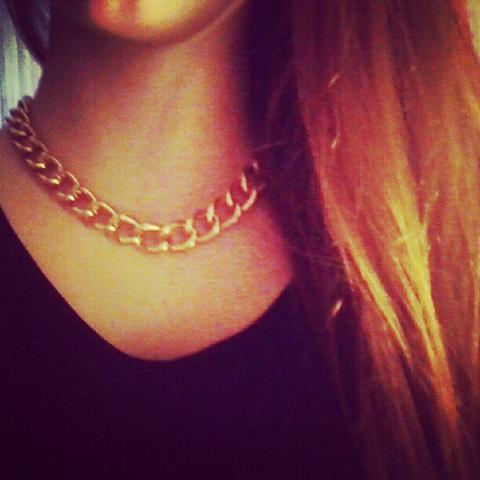 Goldkette h&m  Wo gibt's Hipster-Goldkette? (Schmuck, Fashion)