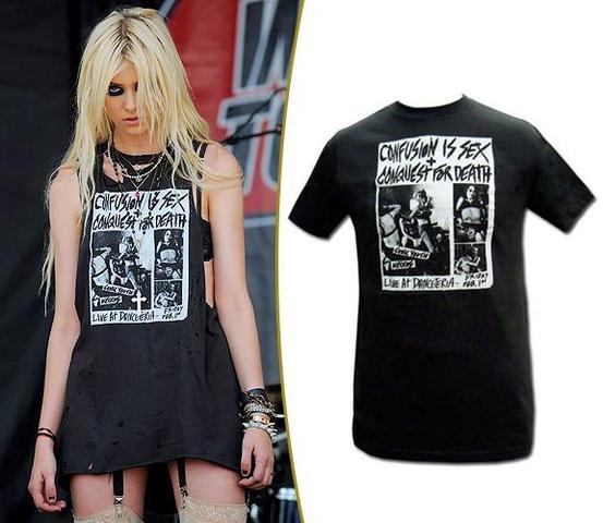 T-shirt - (Kleidung, Metal, Gothic)