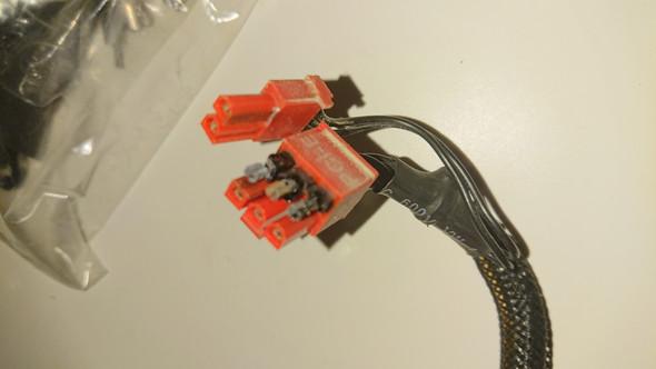 Wo ist das Problem PC Netzteil oder Grafikkarte siehe Foto?