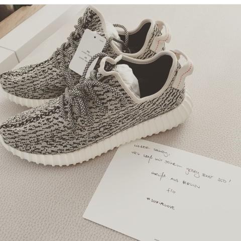 Schuhe - (Schuhe, adidas, Yeezy)