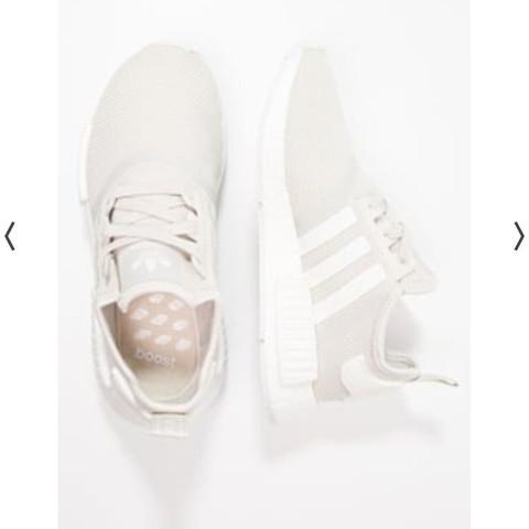 Die hier - (Schuhe, adidas, Sneaker)