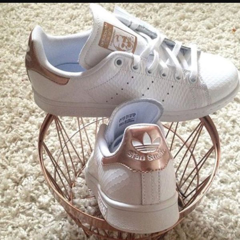 In Rose Gold - (adidas, Smith, Stan)