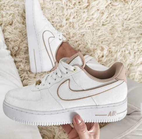 Wo kann ich diese wunderschönen Schuhe erwerben? (Mode