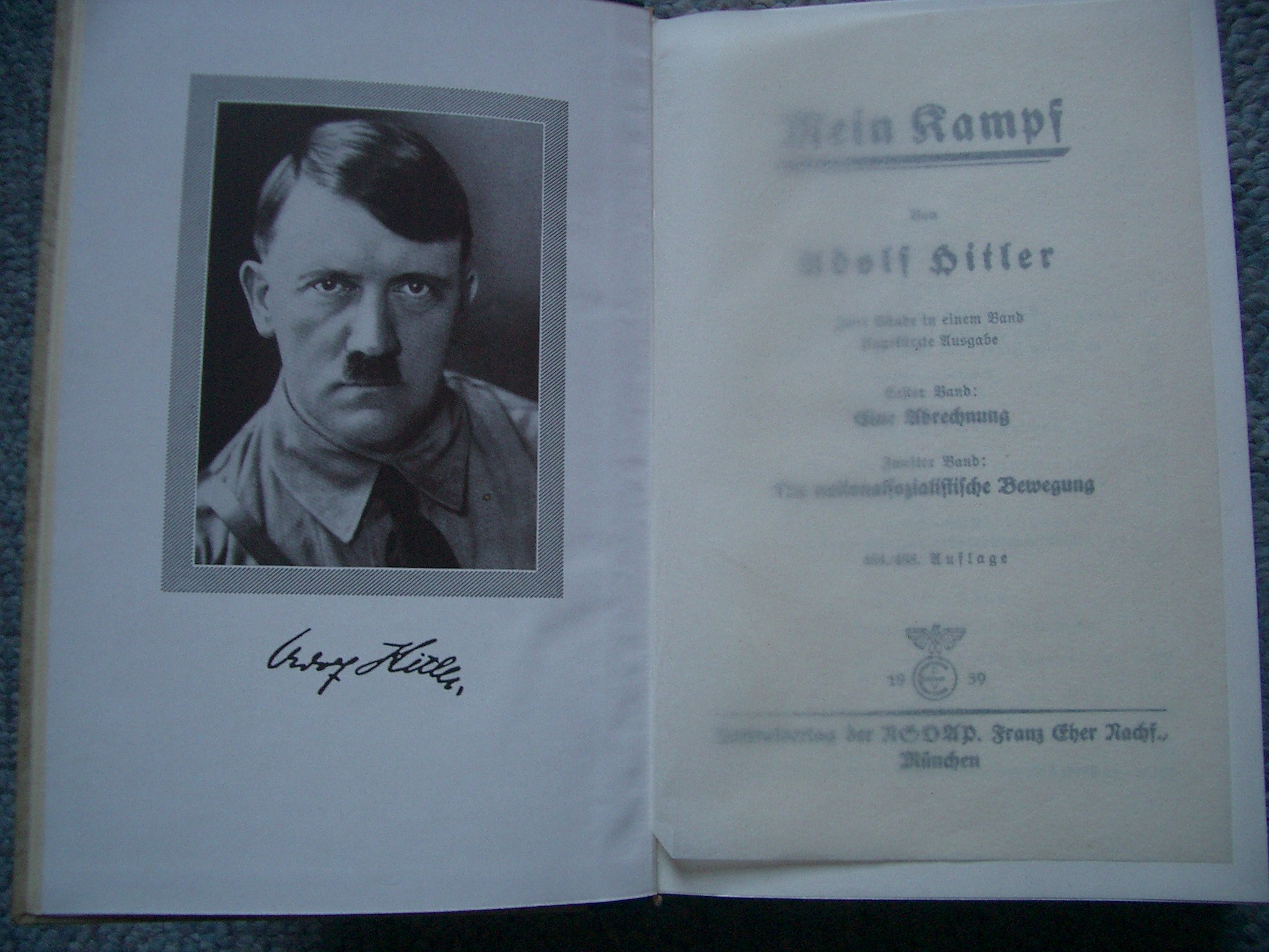 Mein Kampf Buch