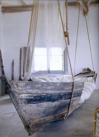 wo kann ich so ein bett finden kaufen zimmer boot. Black Bedroom Furniture Sets. Home Design Ideas