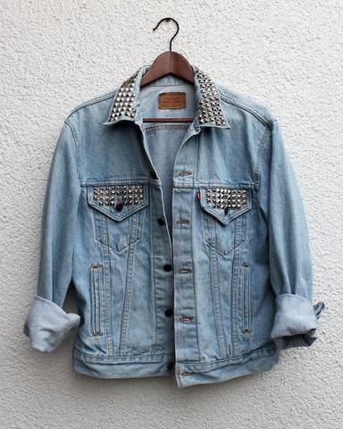 jeansjacke mit nieten - (Mode, Jacke, Jeans)