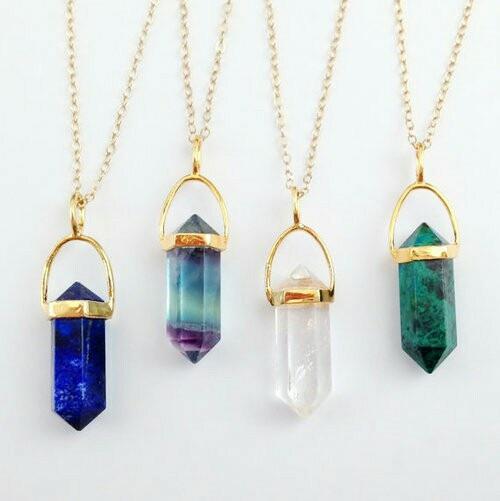 wo kann man diese kristallketten kaufen amerika schmuck kristall. Black Bedroom Furniture Sets. Home Design Ideas