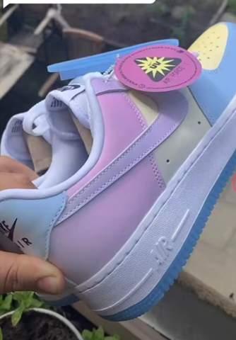 Wo kann man diese Schuhe holen?