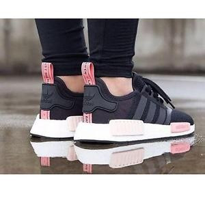 adidas nmd runner black pink