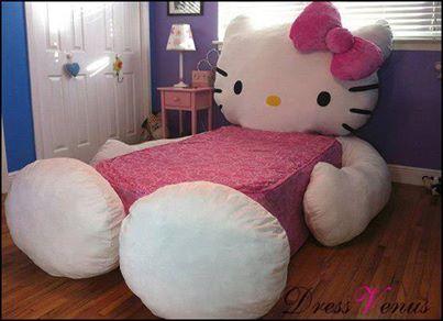 wo kann man dieses hello kitty bett kaufen preis preiswert. Black Bedroom Furniture Sets. Home Design Ideas