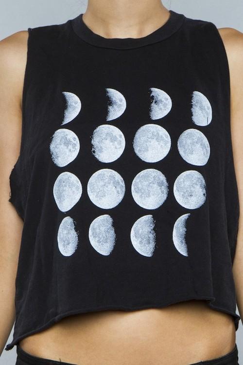 wo kann man genau dieses t shirt kaufen bilder mond. Black Bedroom Furniture Sets. Home Design Ideas