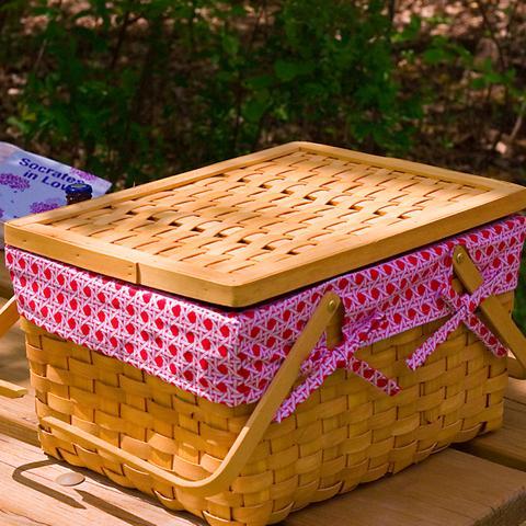 wo kann man klassische picknickk rbe kaufen picknick. Black Bedroom Furniture Sets. Home Design Ideas