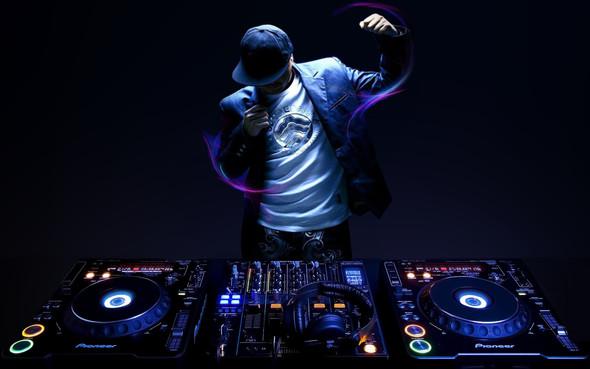 Old School DJs - (Old School Techno, Techno Old School)