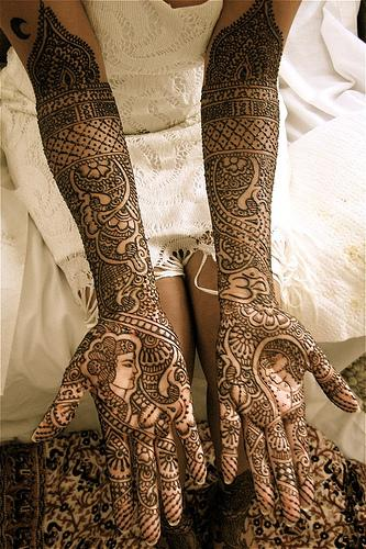 wo kann man sich henna tattoos machen lassen tattoo. Black Bedroom Furniture Sets. Home Design Ideas