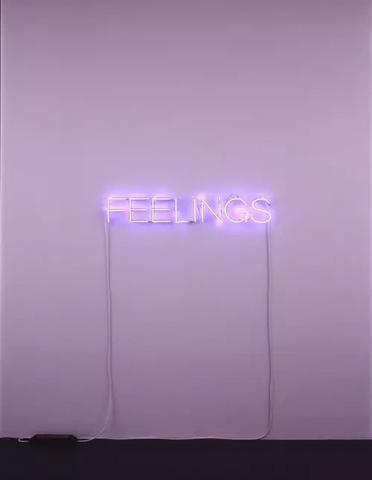 wo kann man solche lampen kaufen lampe schriftzug. Black Bedroom Furniture Sets. Home Design Ideas
