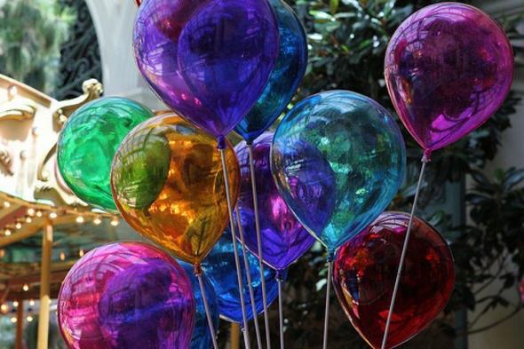wo kann man solche luftballons kaufen party shoppen allgemeinwissen. Black Bedroom Furniture Sets. Home Design Ideas