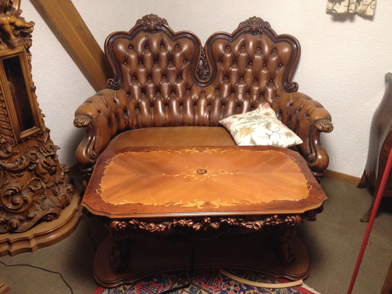 wo kann man solche m bel verkaufen und wieviel kann man daf r verlangen antik. Black Bedroom Furniture Sets. Home Design Ideas