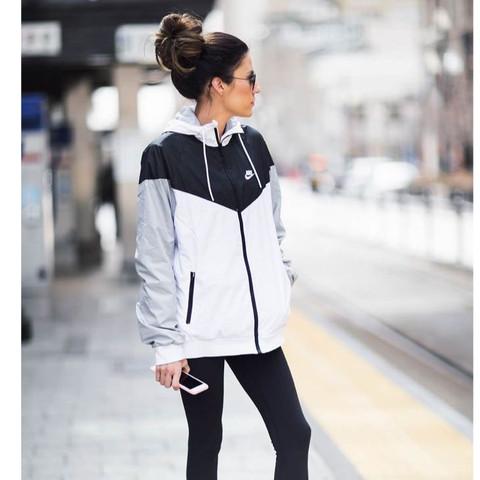 Damen Grau Nike – Jacke Schwarz Jacken Stilvolle qPEn5wapE