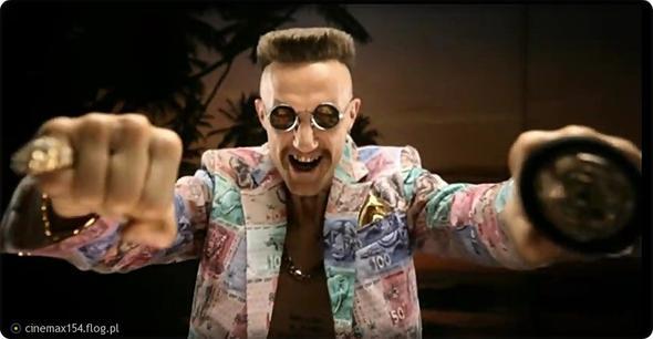 Ninja aus der Band Die Antwoord mit der Brille. - (kaufen, Brille)