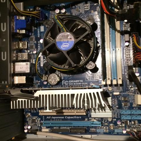 Hier das motherboard - (PC, LED, Motherboard)