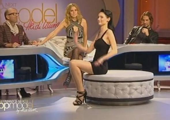 Beispiel - (Germanys next Topmodel, hocker, marie-luise)