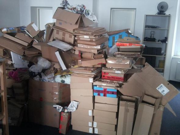 Wo werde ich Pappe & Kartons günstig los?