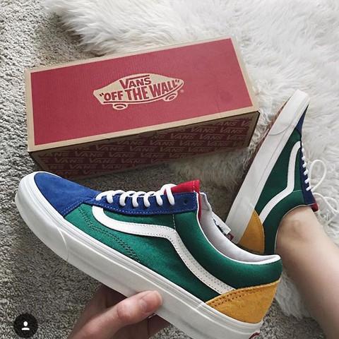buy popular c7163 520e4 Woher bekomme ich diese Schuhe her? Hilfe? (Mode, Vans)