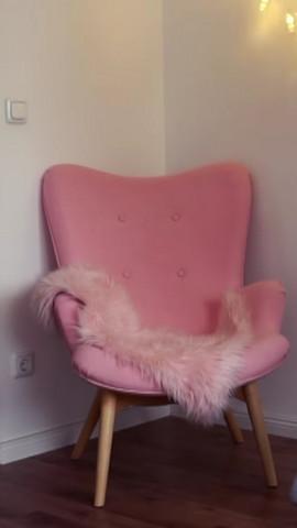 - (wohnen, Möbel, Stuhl)