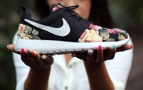 Nike Roshe Run Supremo