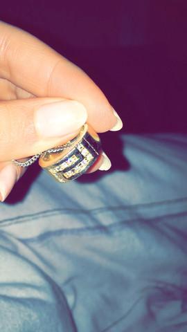 Vergoldet. Mit Steinen  - (Schmuck, Ring)