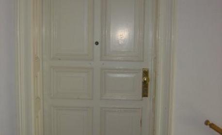 Wohnungstür (Beispiel) - (Mietrecht, Sicherheit, Vermieter)