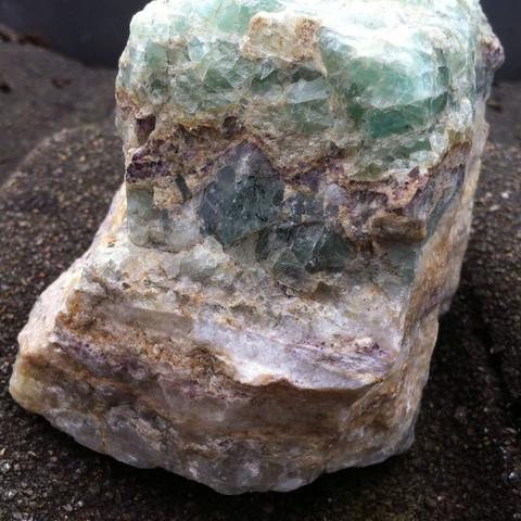 Vorne - (Steine, mehrfarbig)