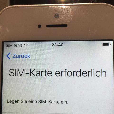 In der oben Leiste  - (Apple, IPhone 5s)