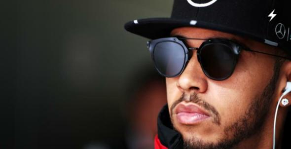 Bild Sonnenbrille - (Mode, Sonnenbrille, Lewis Hamilton)