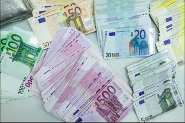Würdet ihr Männer es schaffen dieses sexuelle Experiment zu bestehen um am Ende ein Preisgeld von 250.000 Euro zu gewinnen?