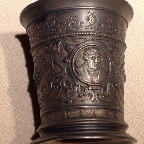 Zinnbecher  - (Antiquitäten, Martin Luther, Zinn)