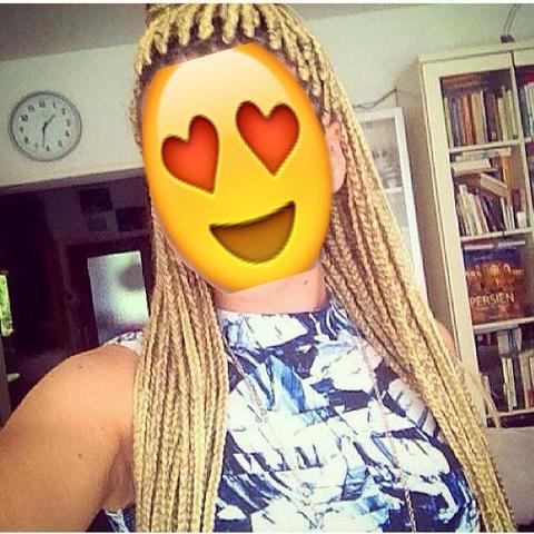 Bsp. <-  - (Haare, braids)
