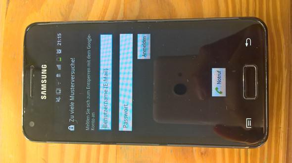 Das ist das Handy und was da steht - (Handy, Samsung, entsperren)