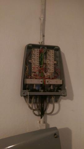 Telefonanschlusskasten - (Internet, Telefon, DSL)
